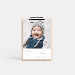 /wood-calendar-main01-serif-calendar_2x.jpg